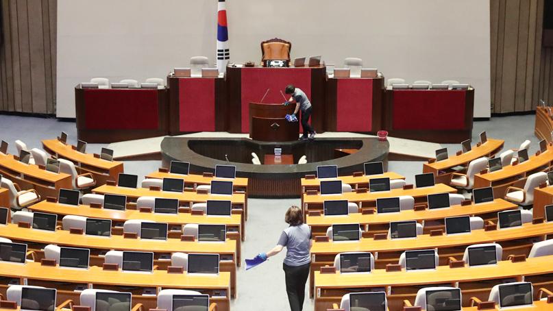 자유한국당 제외 단독국회 소집…추경안 처리 '불투명'