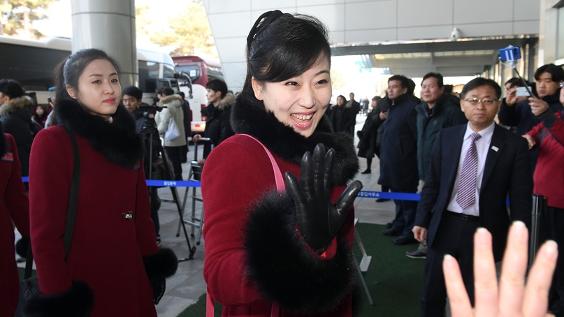 북한 응원단! 또 만나요!