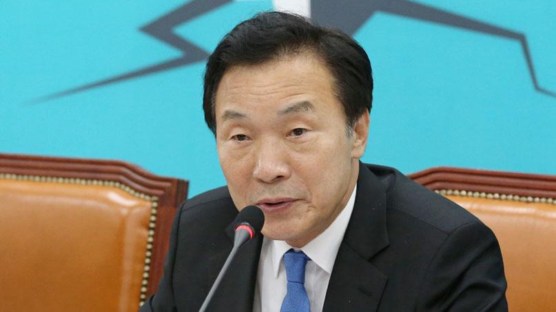 손학규 '촛불로 등장한 정권이 촛불로 망한 한국당과 야합'
