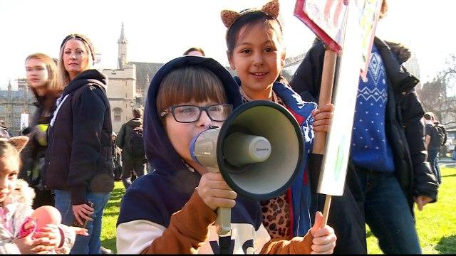 [Al jazeera] Climate change: UK children demand government action