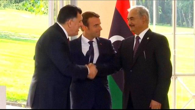 [Al jazeera] Libya crisis: Tunisia 'disarms' French nationals trying to cross border