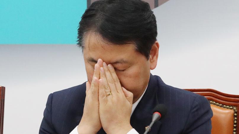 김관영 '사·보임 두 분께 죄송…성찰·숙고 시간 갖겠다'
