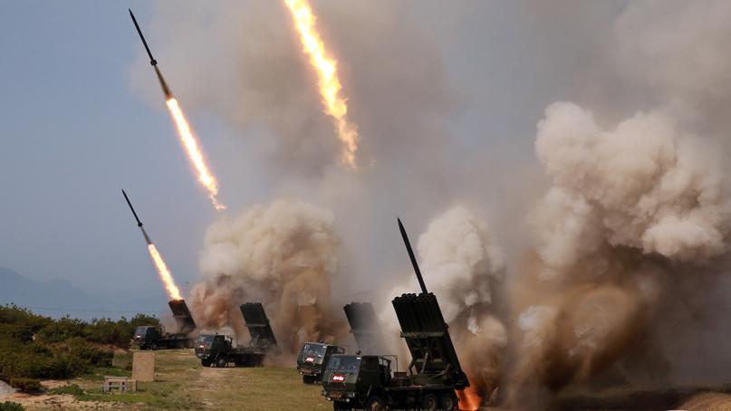 北 무기 훈련장면 공개…'북한판 이스칸데르 미사일 추정'
