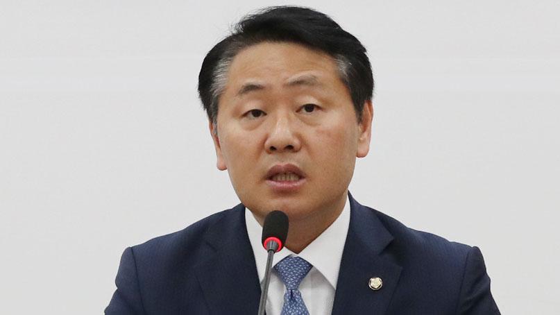 김관영 '기호 3번 달면 사퇴'…유의동 '당장 사퇴하라'