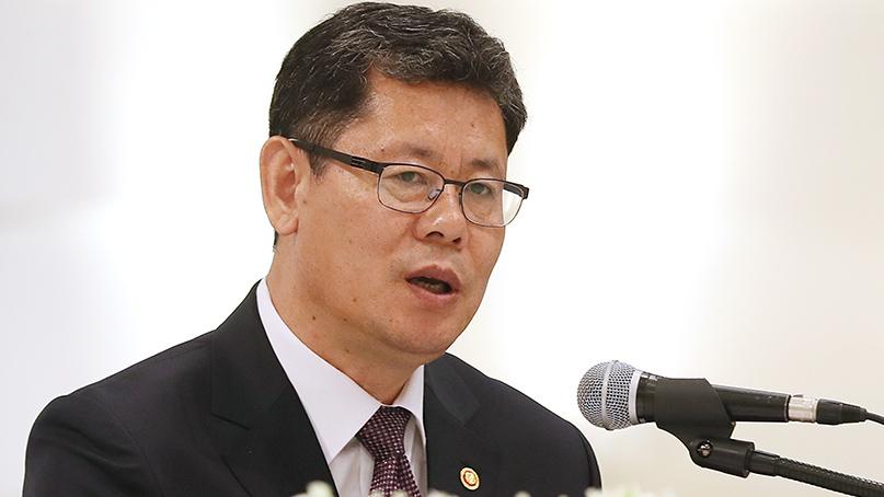 김연철 '배고픈 아이는 정치 모른다'…대북 인도적 지원 강조