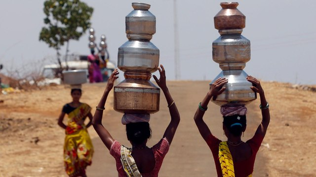 [Al jazeera] India drought: Maharashtra farmers displaced