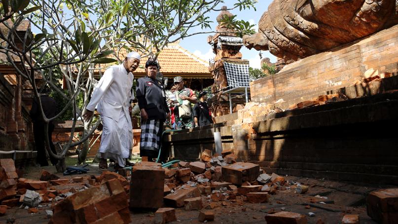 인니 발리 인근서 5.7 지진…사원·학교 파손