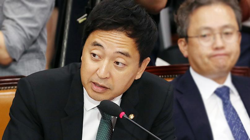 금태섭 '조국, 공감능력 떨어져…'언행불일치''