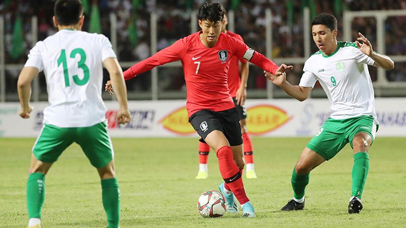 나상호·정우영 연속골…월드컵 예선 투르크멘에  2-0 승리