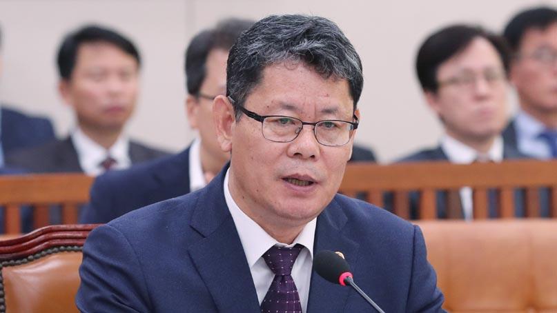 김연철, 평양축구중계 불발에 '무거운 책임감…정말 죄송'