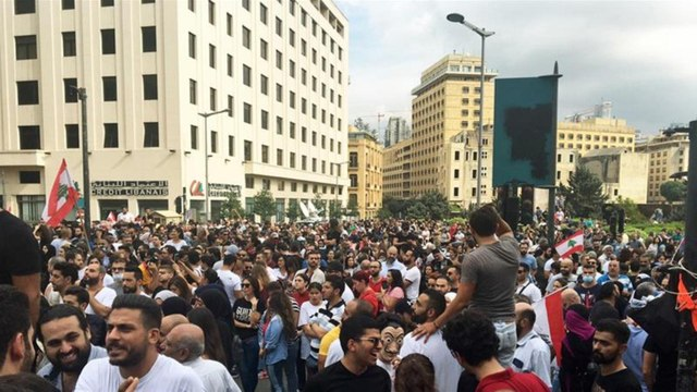 [Al jazeera] Lebanon protests: Thousands demand 'fall of the regime' in Beirut