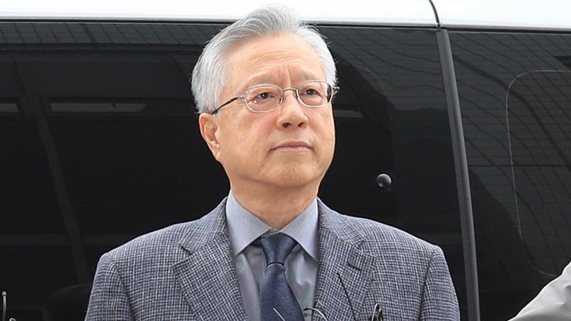 '김성태 딸 부정채용' 이석채 전 KT회장 징역 1년 실형