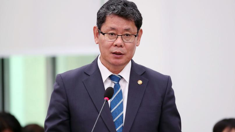 김연철 '北 금강산 시설 철거 통보, 관광 재개 촉구 의도'