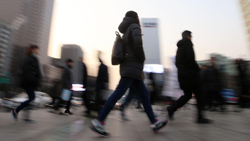 일자리 '엄동설한'…기업 5곳 중 1곳, 올해 직원 줄였다