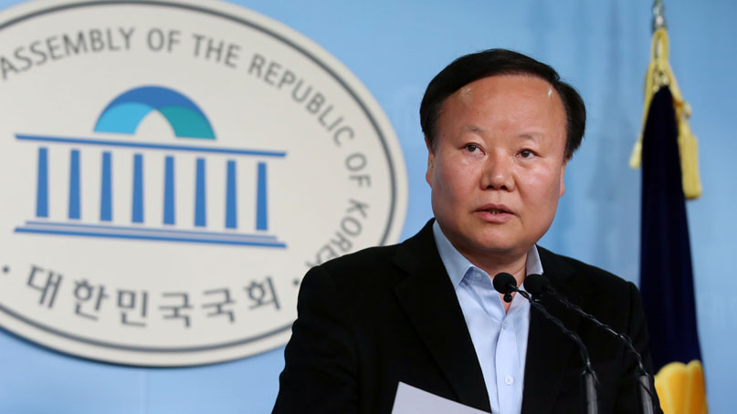 한국당, '비례한국당' 공식화…'반헌법적 선거법'