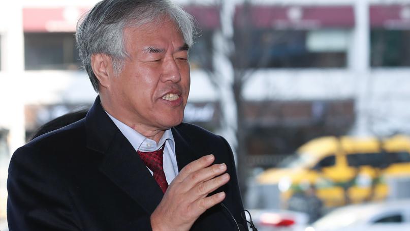 전광훈 목사, 두번째 경찰 출석…'불법 모금 아냐'