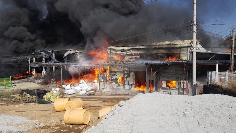 경기 광주 단열재 제조공장에서 불…인명 피해는 없어