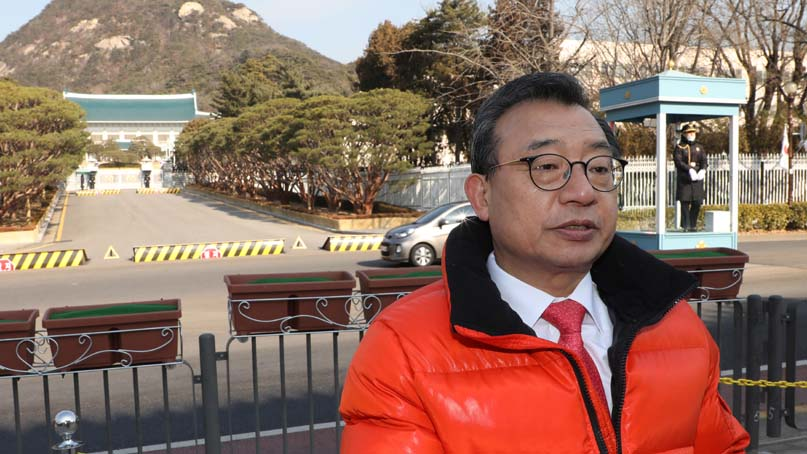 무소속 이정현 의원, '종로 출마' 철회…황교안 대표에 양보