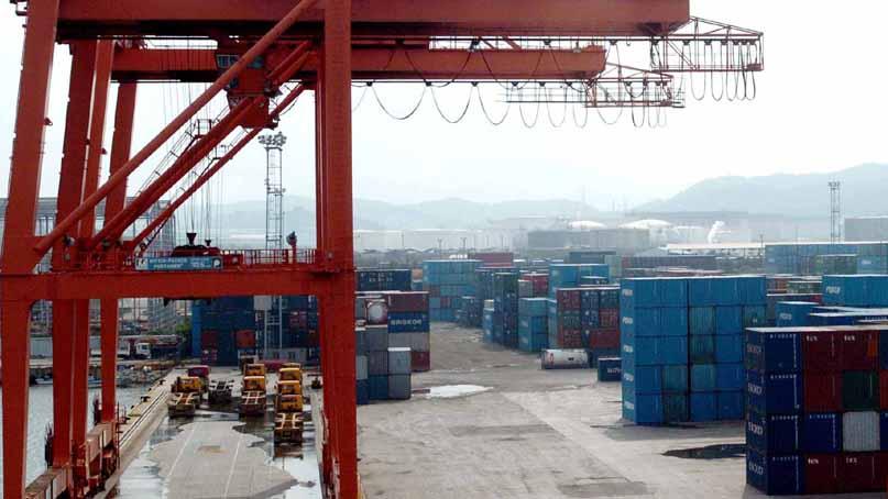 3월 수출 0.2% 감소…한 달 만에 다시 역성장