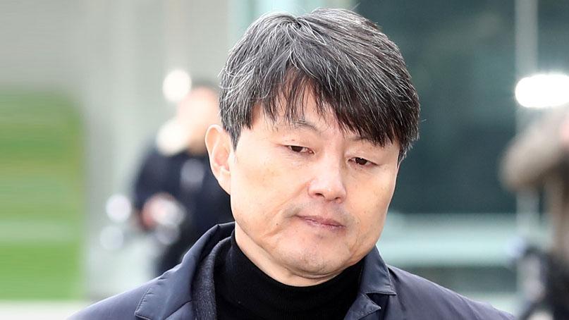 법원, 유재수에 징역 1년6개월·집유 3년 선고…178일만에 석방