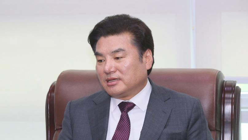 한국당 '29일까지 통합당과 합당 결의'…'원유철 임기연장' 철회