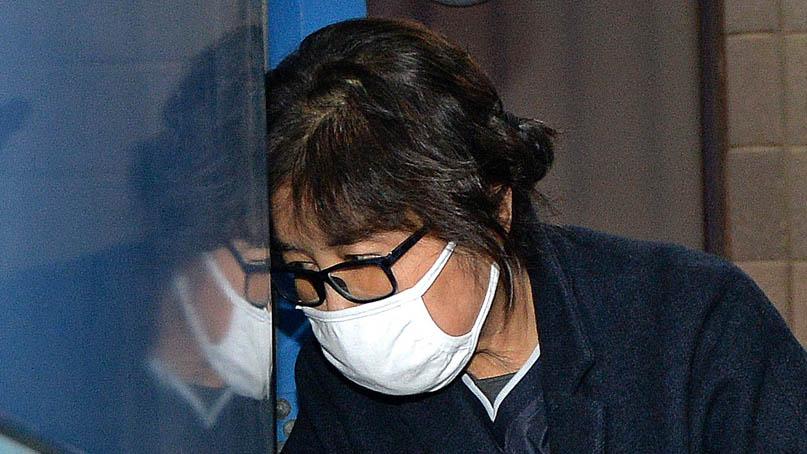 '국정농단' 최순실, 징역 18년·벌금 200억원 확정