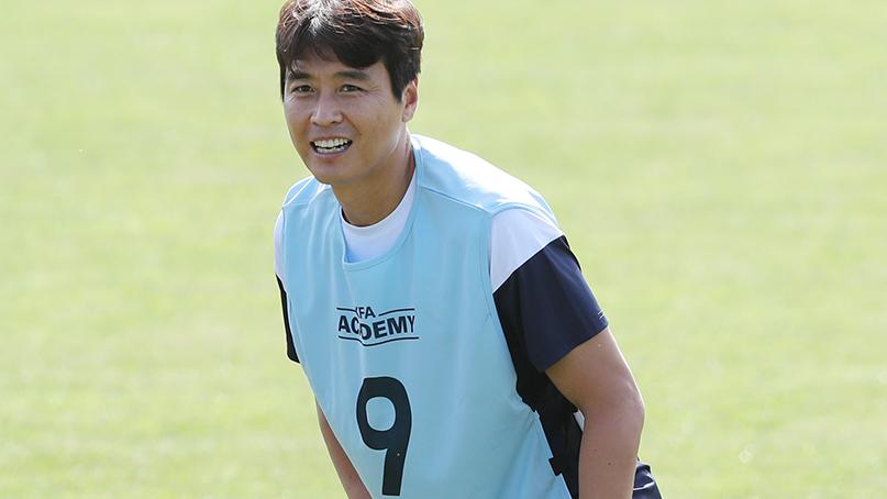 이동국, '시즌 중' 지도자 강습 참가…'현역 뛰면서 수업 받는 게 도움'