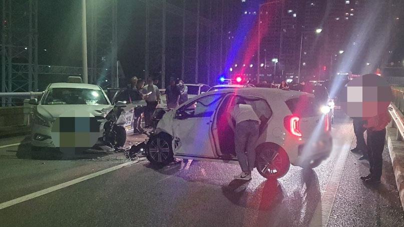 만취 30대 운전자, 고속도로 역주행하다 택시와 충돌…3명 부상
