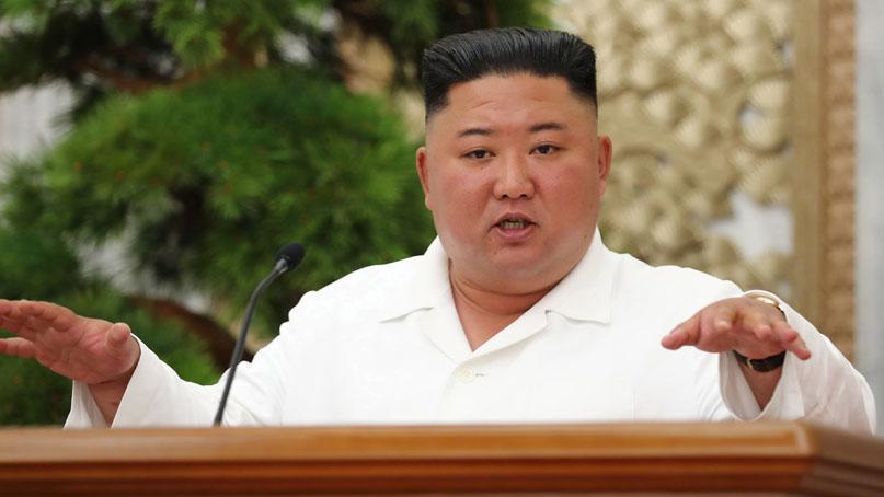 김정은, '코로나 방역' 정치국 회의...대남 언급은 없어