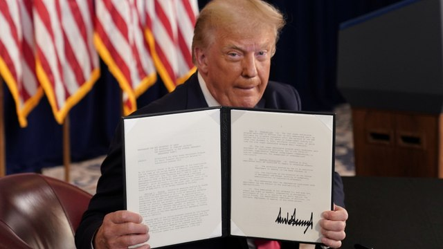 [Al jazeera] Trump extends coronavirus relief as talks with Congress falter