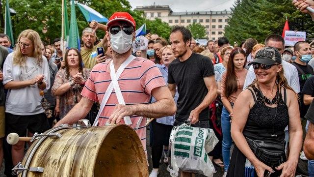 [Al jazeera] Anti-Kremlin rallies in Russia's far east continue for fifth week