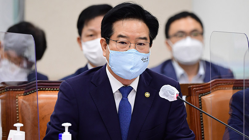 경찰, 故 박원순 휴대전화 압수수색 영장 재신청 검토