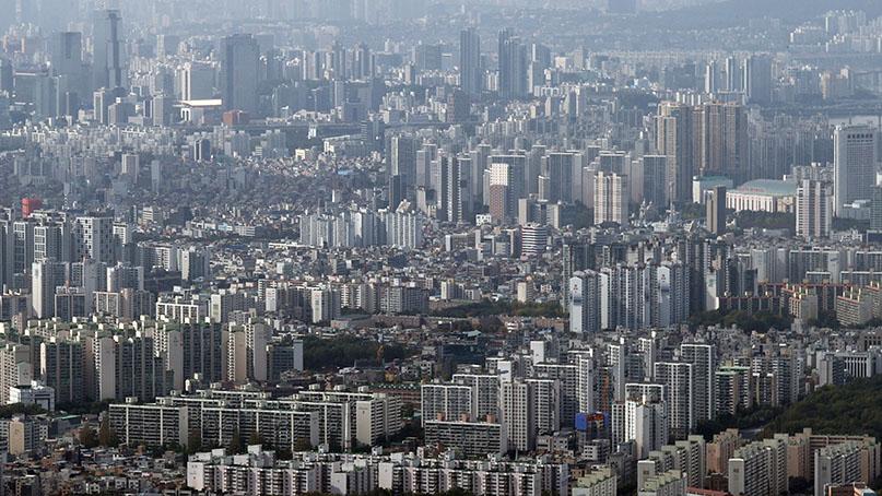서울 전세 68주째 끝없는 상승…강남구 집값은 18주만에 하락