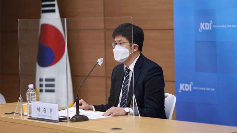 KDI '지난달 일자리 83만개 사라져…코로나 영향'