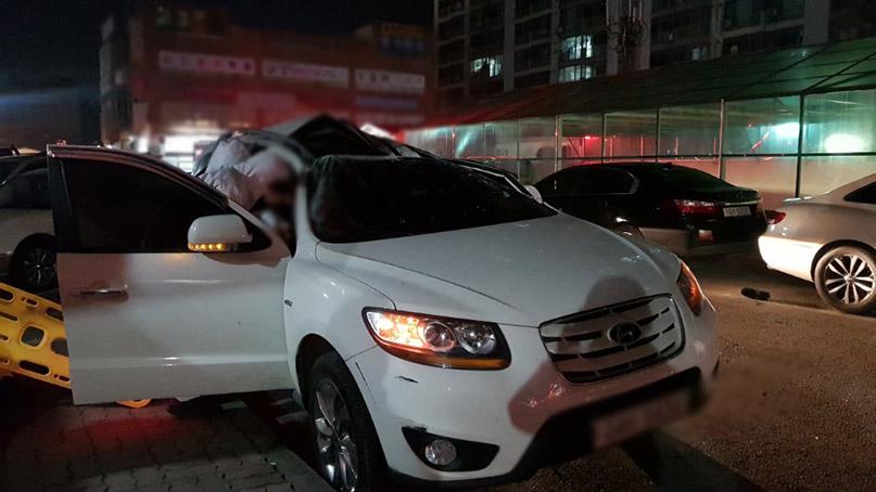 18층 아파트서 추락한 30대…승용차 선루프에 떨어져 목숨 건져