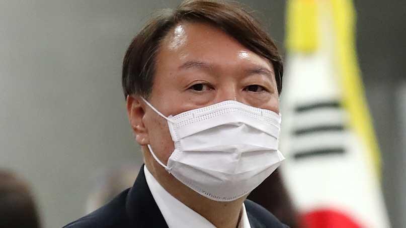 尹, '직무배제 재판' 불출석…'직무정지 과정부터 결과까지 위법'