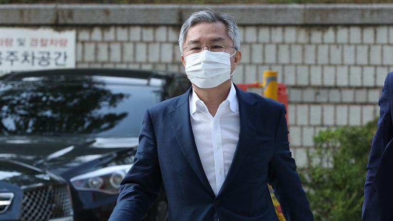 [취재후 Talk] '재판 중'인 열린민주 최강욱, 돌고 돌아 법사위로 온 이유는?