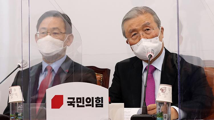 김종인 '제구포신(除舊布新) 자세로 혁신'·주호영 '국민이 희망'