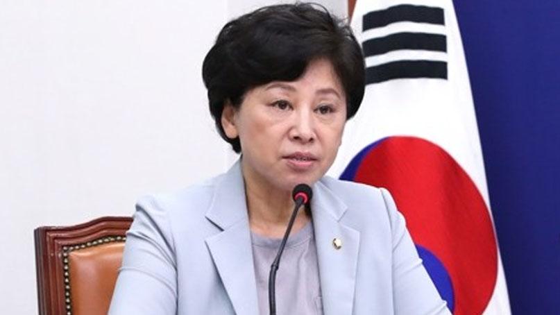 남인순, 檢 수사엔 '못 나간다'…'피해호소인' 설득 단톡방선 '방 옮기자'