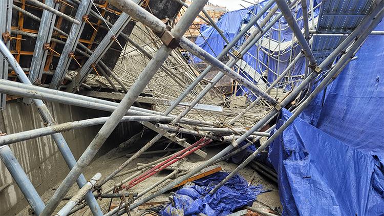 시흥서 공사장 옹벽 무너져 근로자 1명 사망·2명 부상