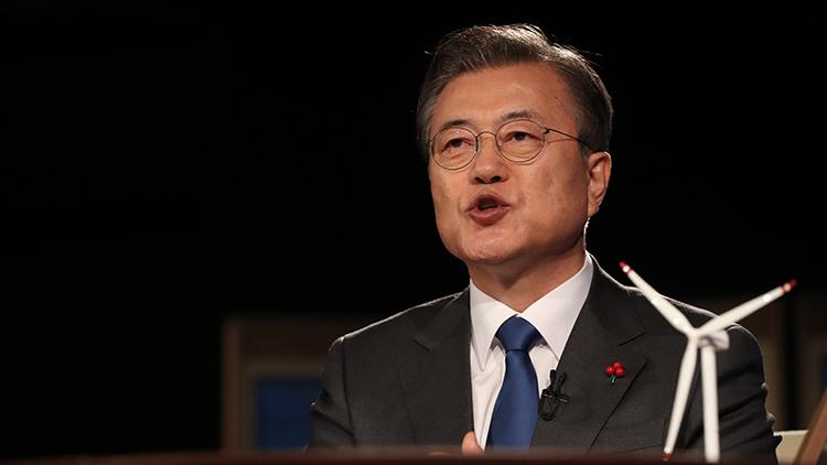 文대통령 '우리사회 투명성·청렴성 국제평가 크게 높아져'