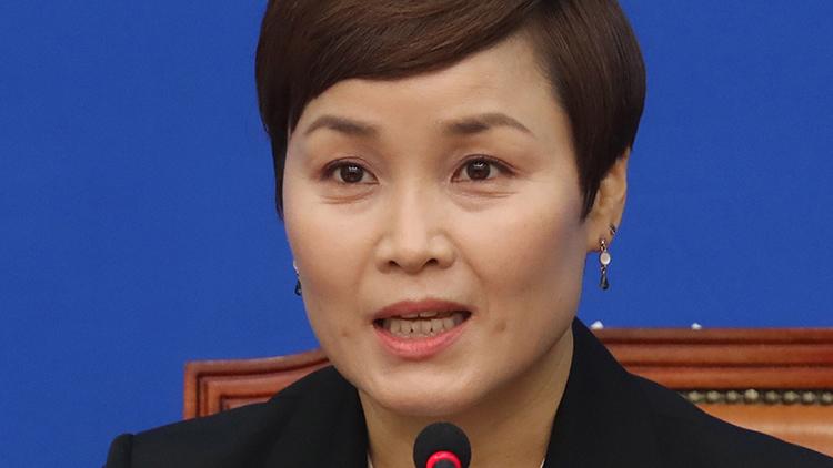임오경 '39년간 선수들에 매 든적 없다'…폭행의혹 정면반박