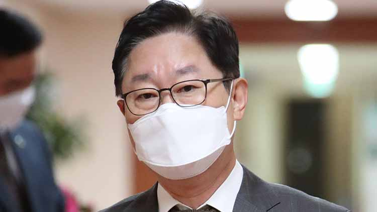 박범계 '윤석열, 만날 생각 있다…수사·기소분리 걱정 이해'