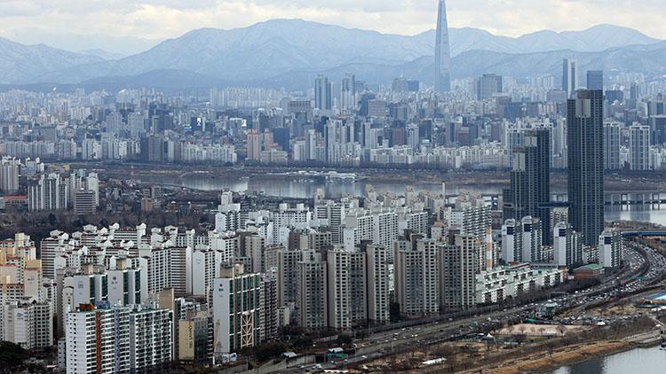 서울 평균 집값 8억원 돌파…열달만에 1억원↑