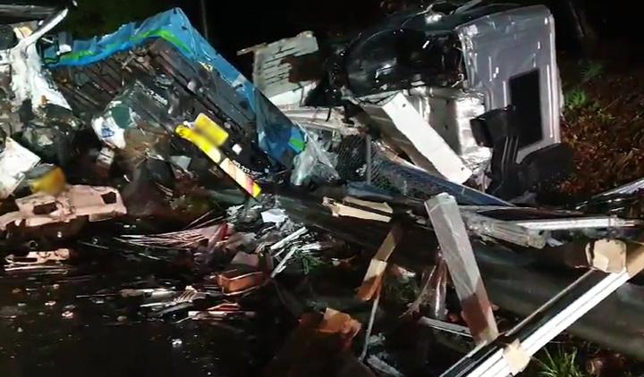 통영대전고속도로서 5중 추돌사고…1명 사망·4명 부상