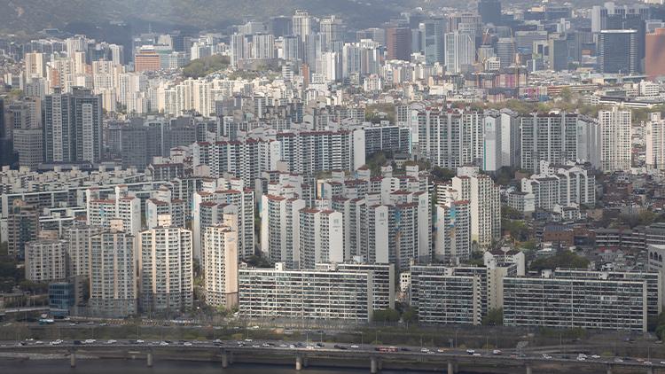 서울 아파트값 10주만에 상승폭 확대…'재건축 규제 완화 기대감'