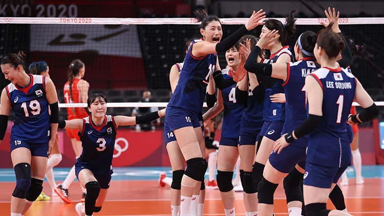 여자배구, 터키 꺾고 4강 진출…김연경 28점 폭발
