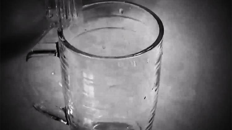 [포커스] 피해자 혈액서 독극물…오리무중 '생수병 사건'